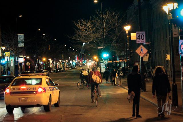 Manif étudiante :: Coin Mont-Royal & St-Denis 11 avril 2012