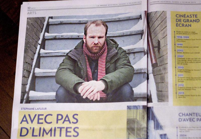 Portrait de Stéphane Lafleur avec l'article de Nathalie Petrowski