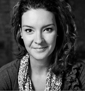 """Portrait de Anne Gauthier, Photographe du projet sur les métiers de la couture """"Le fil d'Ariane"""". PHOTO: Hugo-Sébastien Aubert, La Presse"""